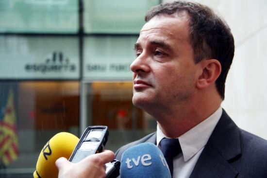 Bosch adverteix que el TC i l'estat espanyol 'volen tancar les urnes, però mai engabiaran el poble de Catalunya'