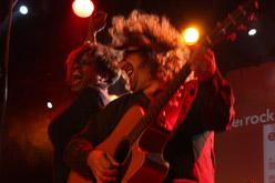 Mònica Green i Pep Sala, en un moment de l'actuació d'ahir a la nit.