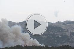 Retrets entre govern i veïns per la coordinació dels bombers.