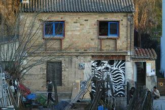 La detinguda viu a la casa ocupada El Rusc del Pont Major, a Girona. Foto: LLUÍS SERRAT
