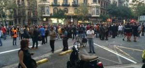 Segon dia de concentraci� davant la delegaci� del govern espanyol
