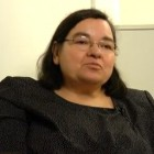 Carme Junyent: 'No ho fem b�.  El catal� no t� el futur assegurat'