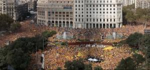 La Gigafoto de la concentraci� d'Ara �s l'hora a la pla�a de Catalunya