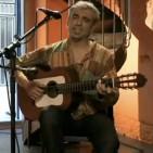 Concert de Carles D�nia al Centre Artes� Tradicion�rius