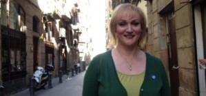 Carolyn Leckie: 'S'hauria d'amena�ar el govern espanyol amb l'expulsi� de la UE'