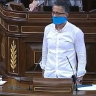 Errekondo canta Eskorbuto a la tribuna del congr�s espanyol