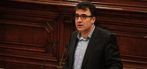 ERC sorpr�n fent un gest a CiU i retira el vet a la llei d'acompanyament